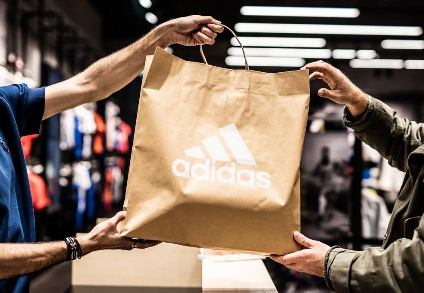 ΔΕΛΤΙΟ ΤΥΠΟΥ - Ειδοποίηση Aσφαλείας: Η adidas ανακαλεί την συλλογή παιδικών μαγιό Infinitex 3-Stripe