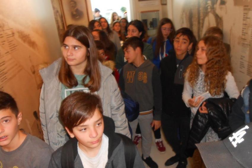 Μαθητές από το 8ο Γυμνάσιο Γλυφάδας επισκέφτηκαν το Μουσείο Μαραθωνίου Δρόμου