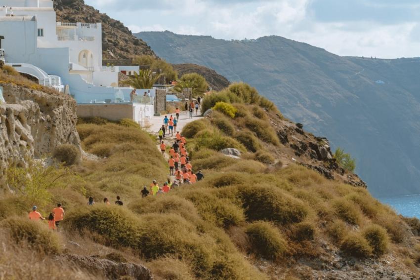6o Santorini Experience